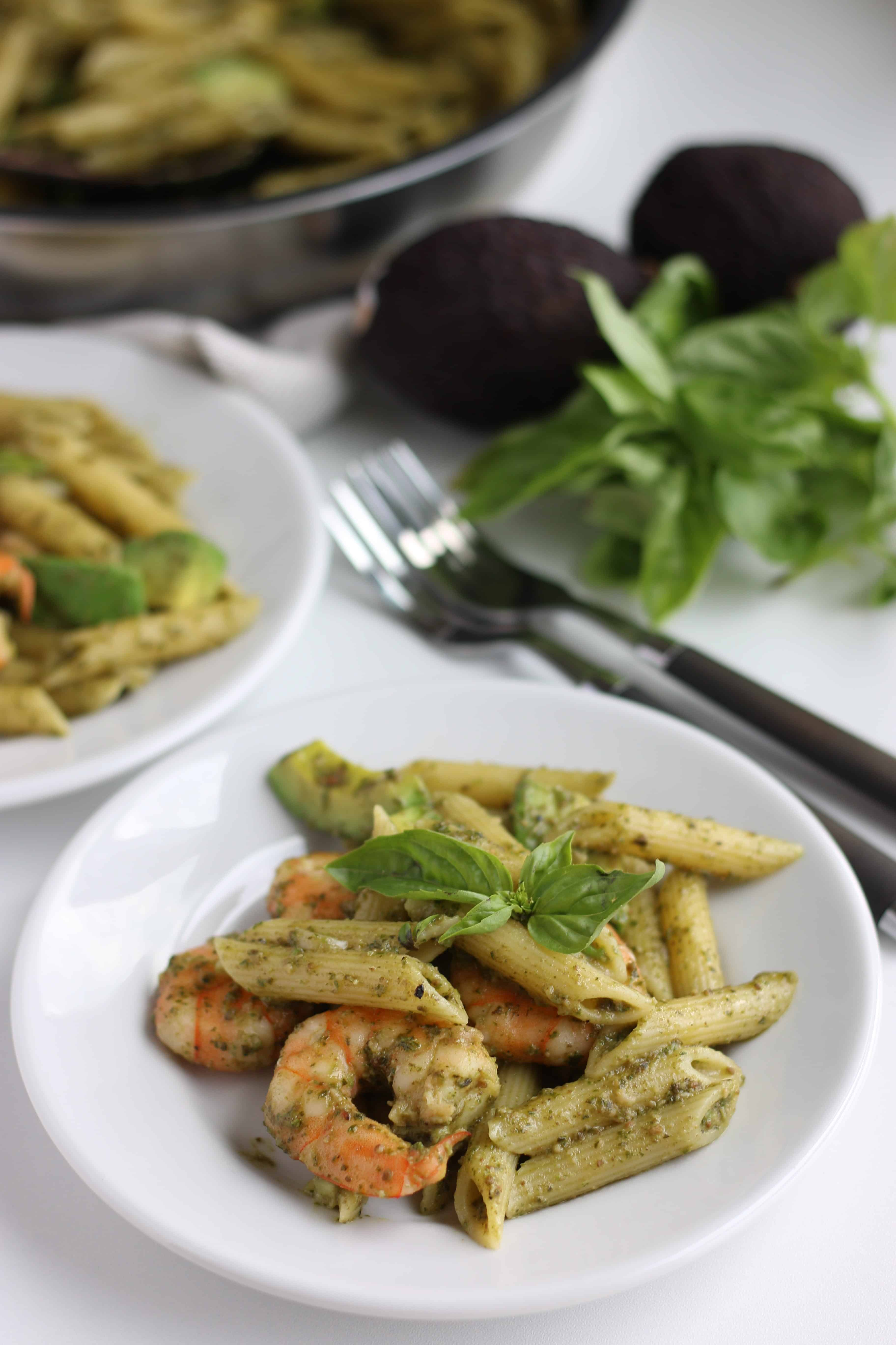 Avocado & Shrimp Basil Pasta is our favorite green pasta with home made basil sauce. Fresh basils sauce goes well with anything but creamy avocado and delicious shrimp is the best. The aroma of basil makes you hungry. Enjoy!