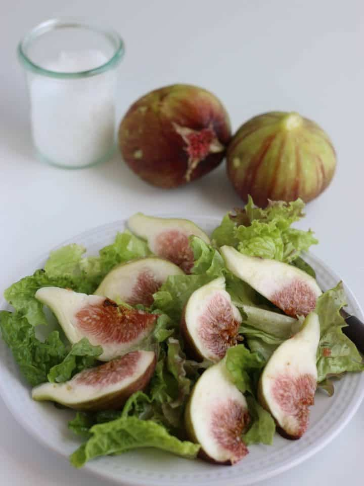 Super Simple Fig Salad recipe with only 3 ingredients, fig, lettuce and salt. Fig include lots of nutrition and the season is summer and autumn. It's delicious to eat as it is, but you can try this salad as it is super simple and easy.