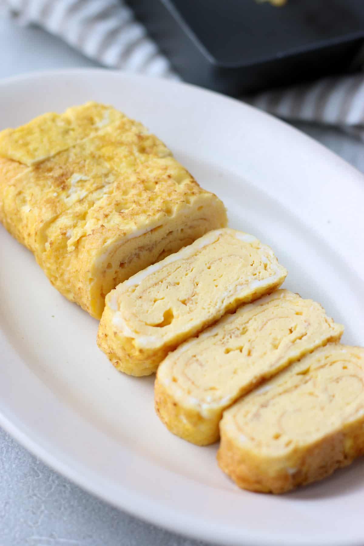 Easy fluffy tamagoyaki(Japanese omelette)
