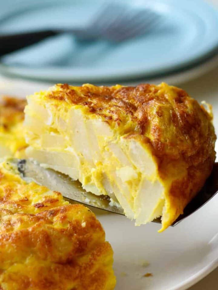 single serving of Spanish omelet