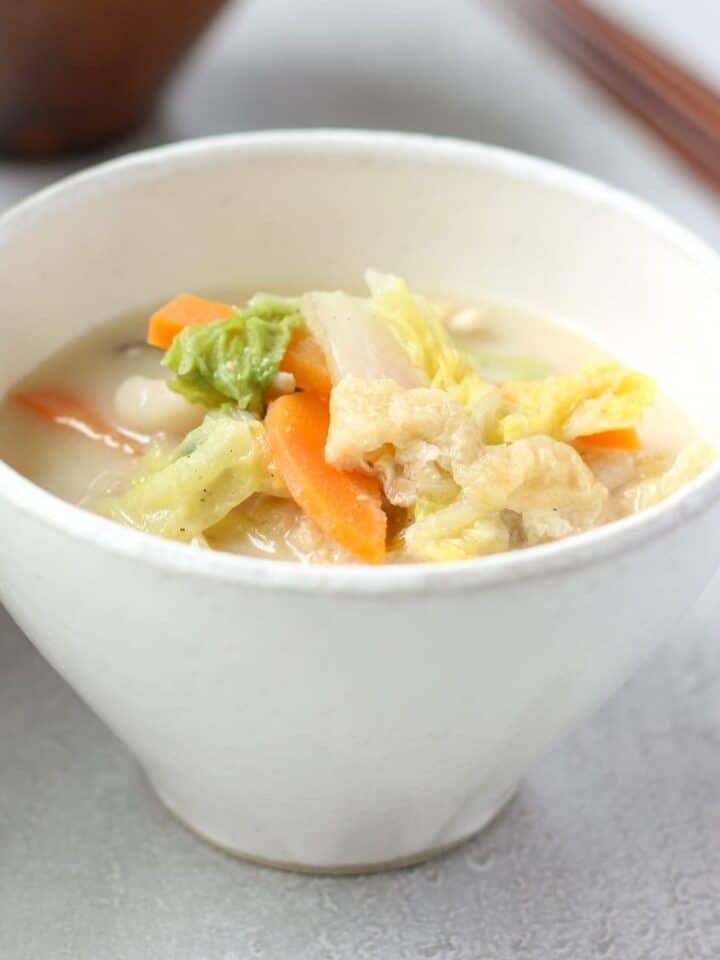 Napa cabbage soup