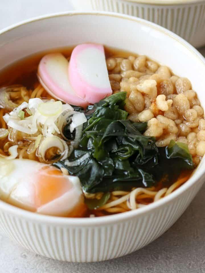Kake Soba (Japanese Simple Soba Noodle Soup)