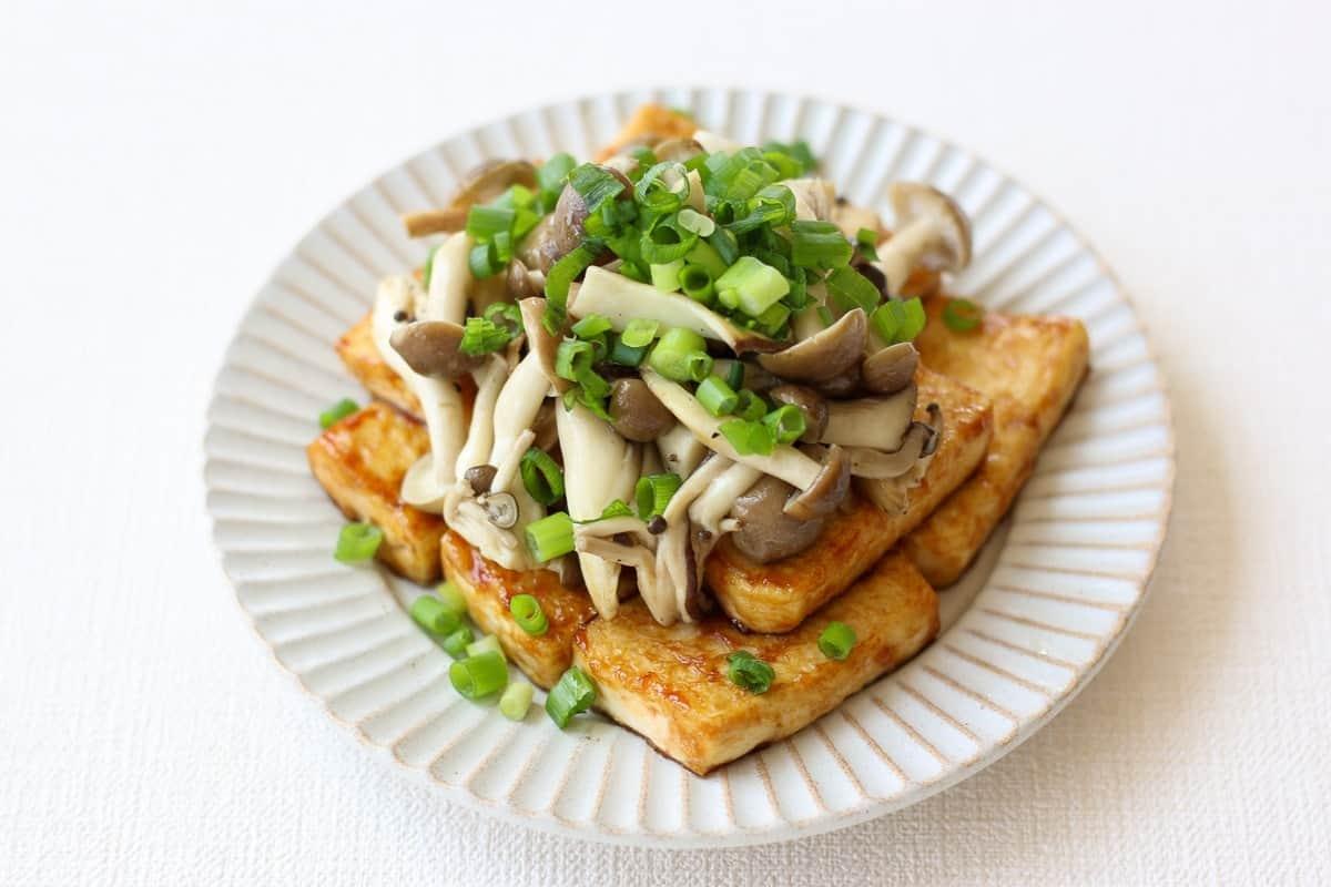 Japanese teriyaki tofu and mushrooms