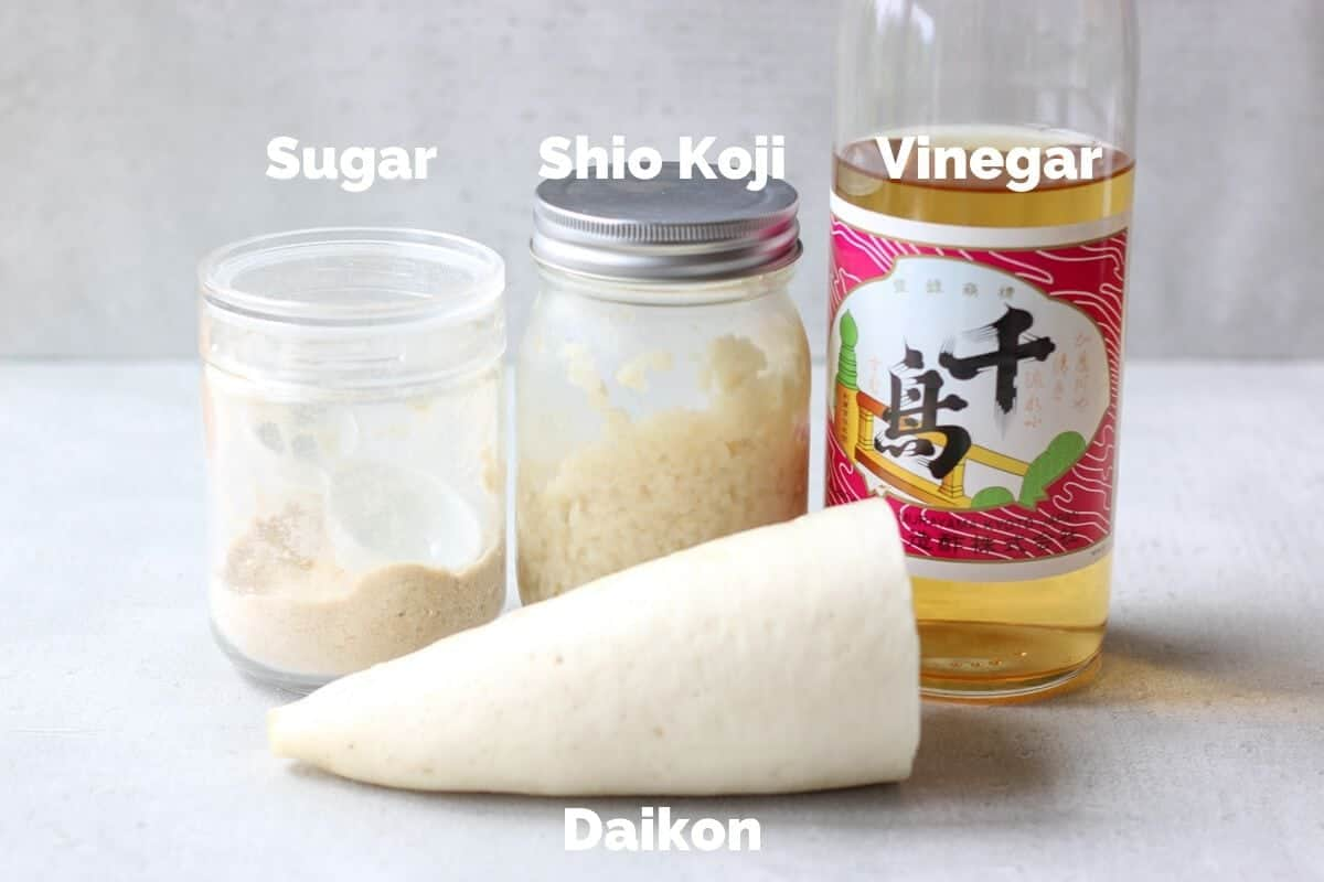 Ingredients for Japanese pickled daikon