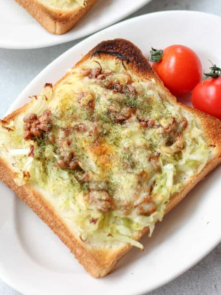 納豆のチーズトースト